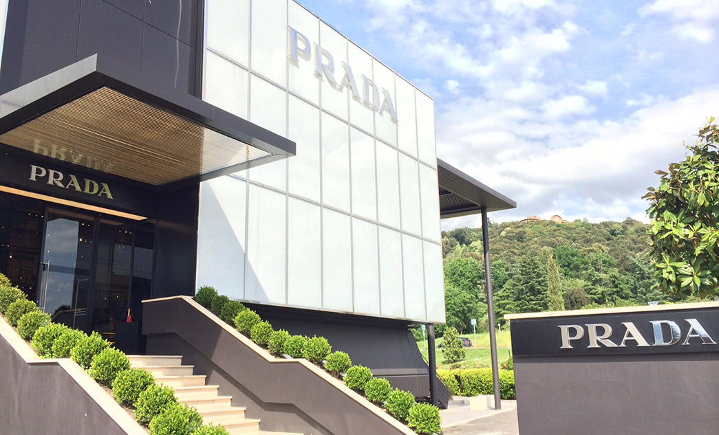 Shopping Tour to Prada and Gucci luxury outlets in Tuscany, Italy
