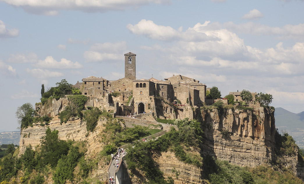 Sightseeing day tour in Umbria to Orvieto and Civita di Bagnoregio
