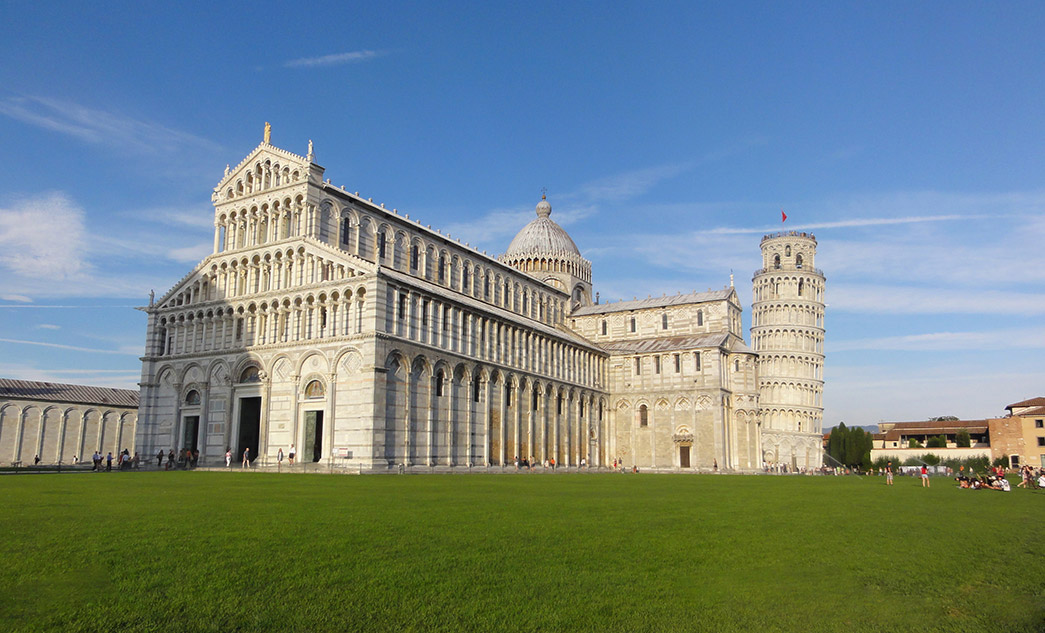 Sightseeing one-day tour to Pisa and Lucca, Tuscany