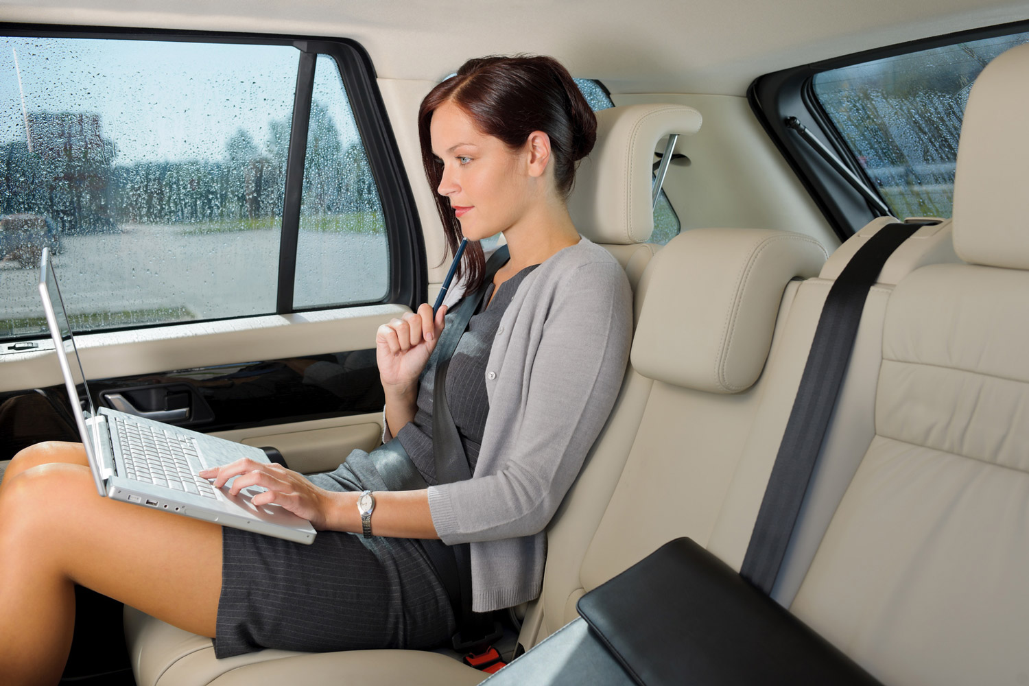 corporate and business car service with private driver in tuscany