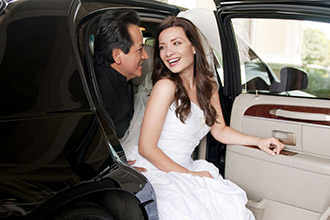 Wedding and honeymoon car service with chauffeur in Tuscany and Umbria